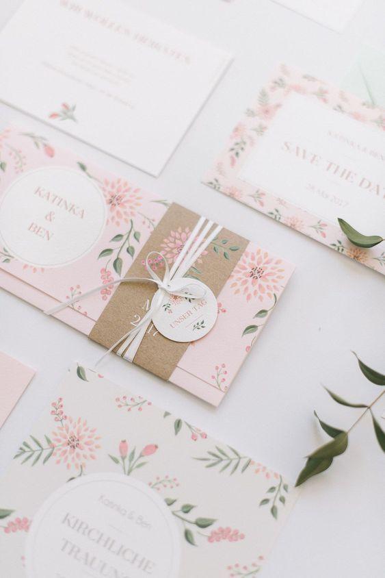 Partecipazioni di matrimonio floreali a tema primavera
