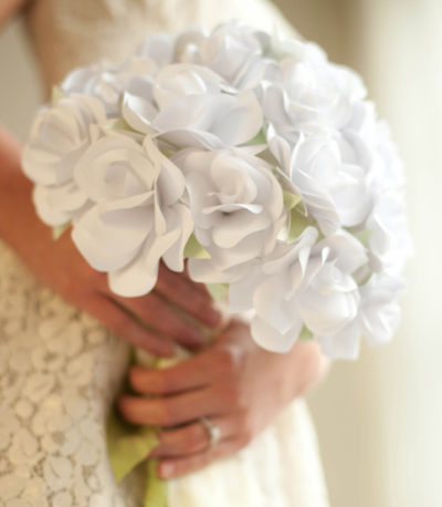 Tutorial bouquet sposa con rose di carta