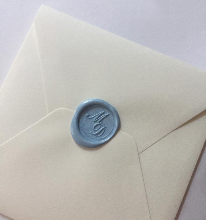 Partecipazioni di nozze con ceralacca azzurra
