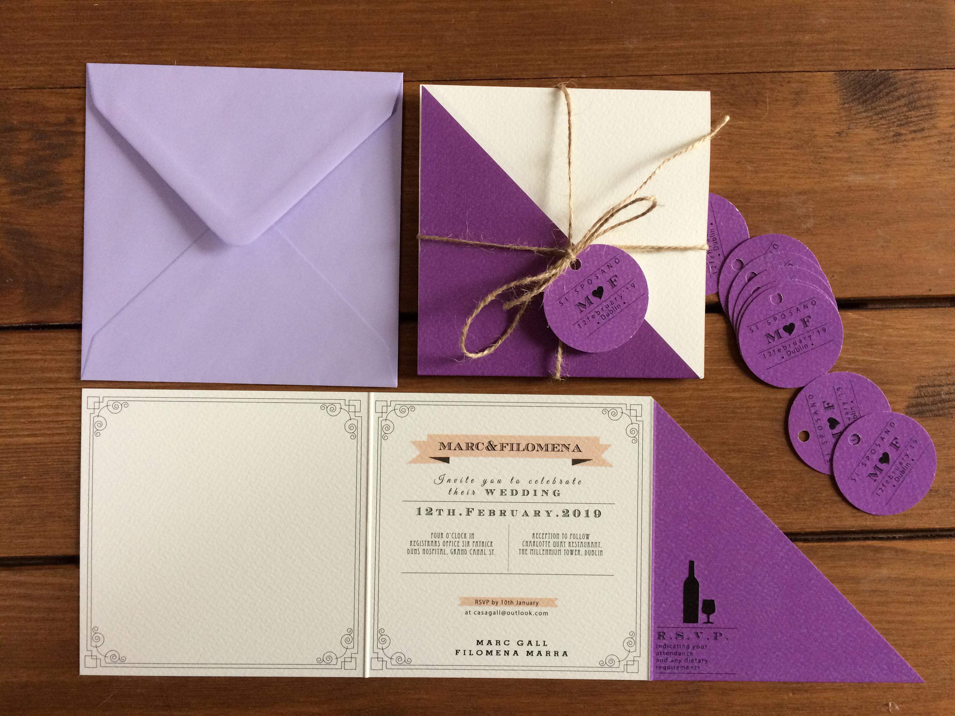 Partecipazioni di nozze tre ante con chiusura a triangolo